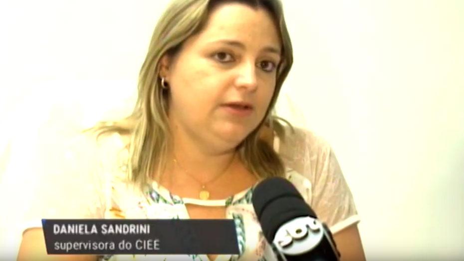 Daniela Sandrini supervisora em entrevista ao SBT