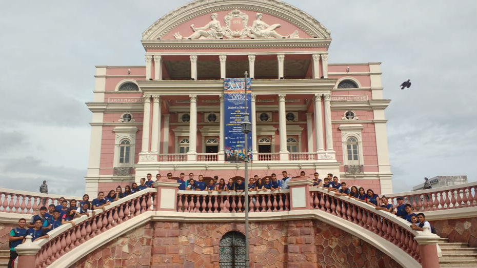 Encontro de aprendizes de Manaus no Teatro Amazonas