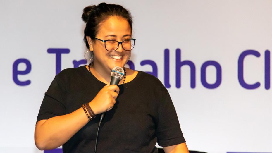 Cris Miura, líder Google e founder da Pontue – plataforma inteligente de ensino de redação.