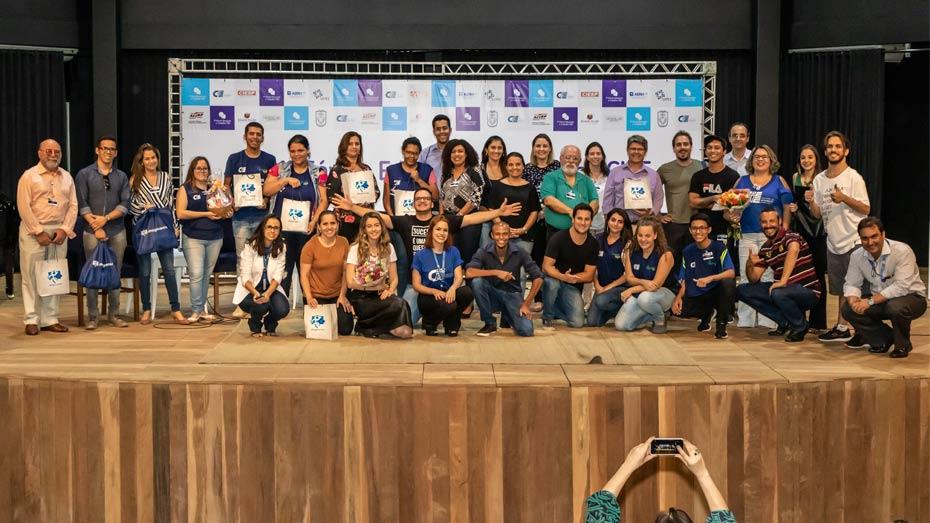 Ao final, os organizadores promoveram um sorteio de brindes das empresas que apoiaram o evento.