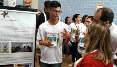 Thiago Alcântara Braga, de 16 anos, que mostrou as atividades desenvolvidas no Espaço de Cidadania