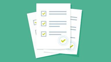 Ilustração de três folhas de papel demonstrando informações corretas