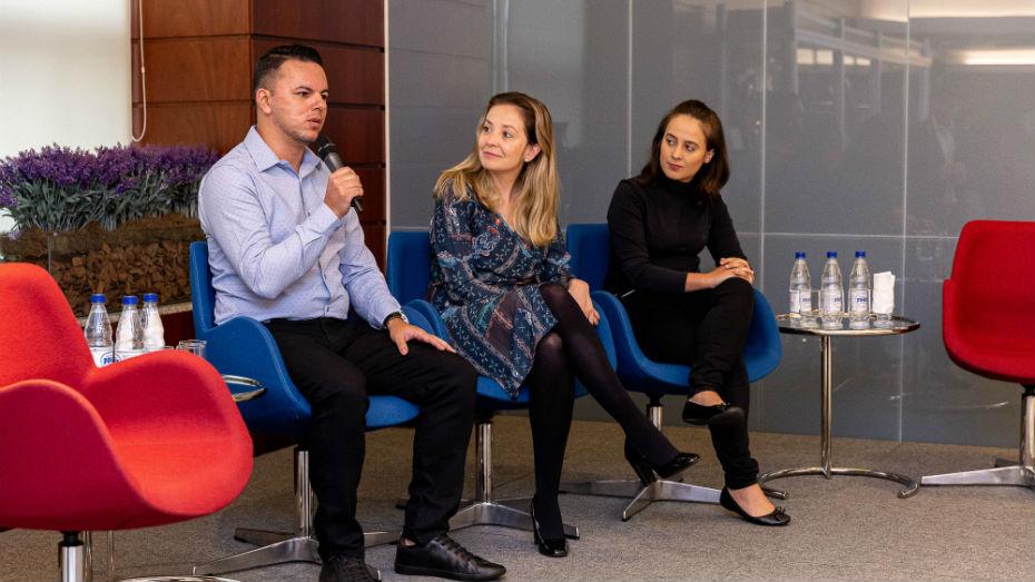 Representantes de empresas participam de bate-papo em evento no CIEE