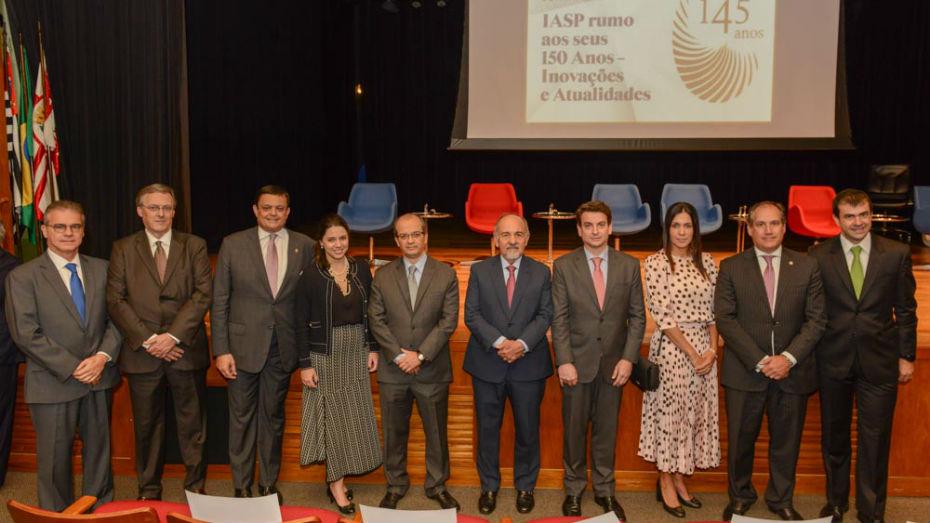 Concurso de Monografia CIEE e IASP