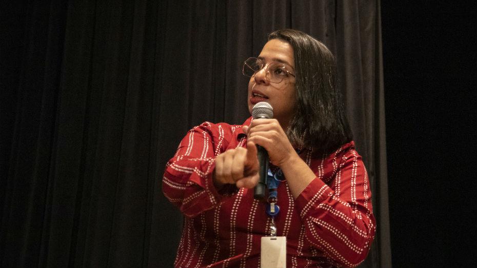 Instrutora Angélica abordou temas como fake news e outras armadilhas da internet