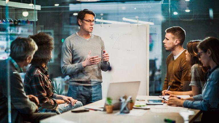 De que forma empresas podem se conectar com instituições de ensino?