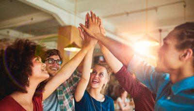 De que forma as instituições de ensino podem se conectar com as empresas?